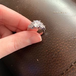 10KT Solid White Gold Diamond Engagement Ring